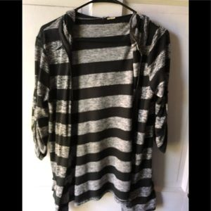 Sweaters - Cute striped cardigan no buttons- hooded